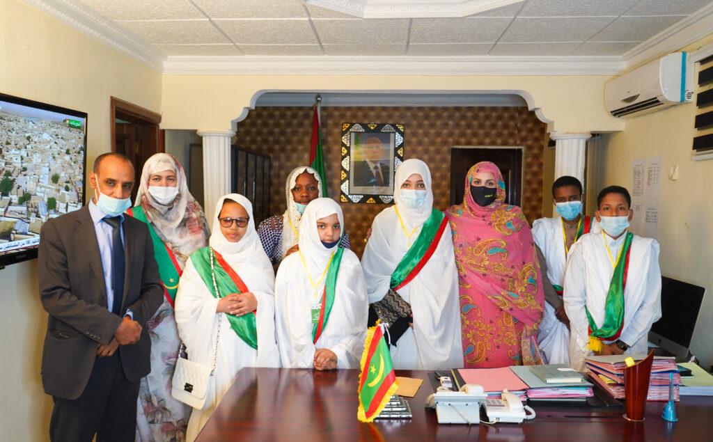 Le bureau du Parlement des enfants reçu par la ministre des Affaires sociales, de l'Enfance et de la Famille